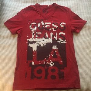 GUESS V-Neck Tee Red Black